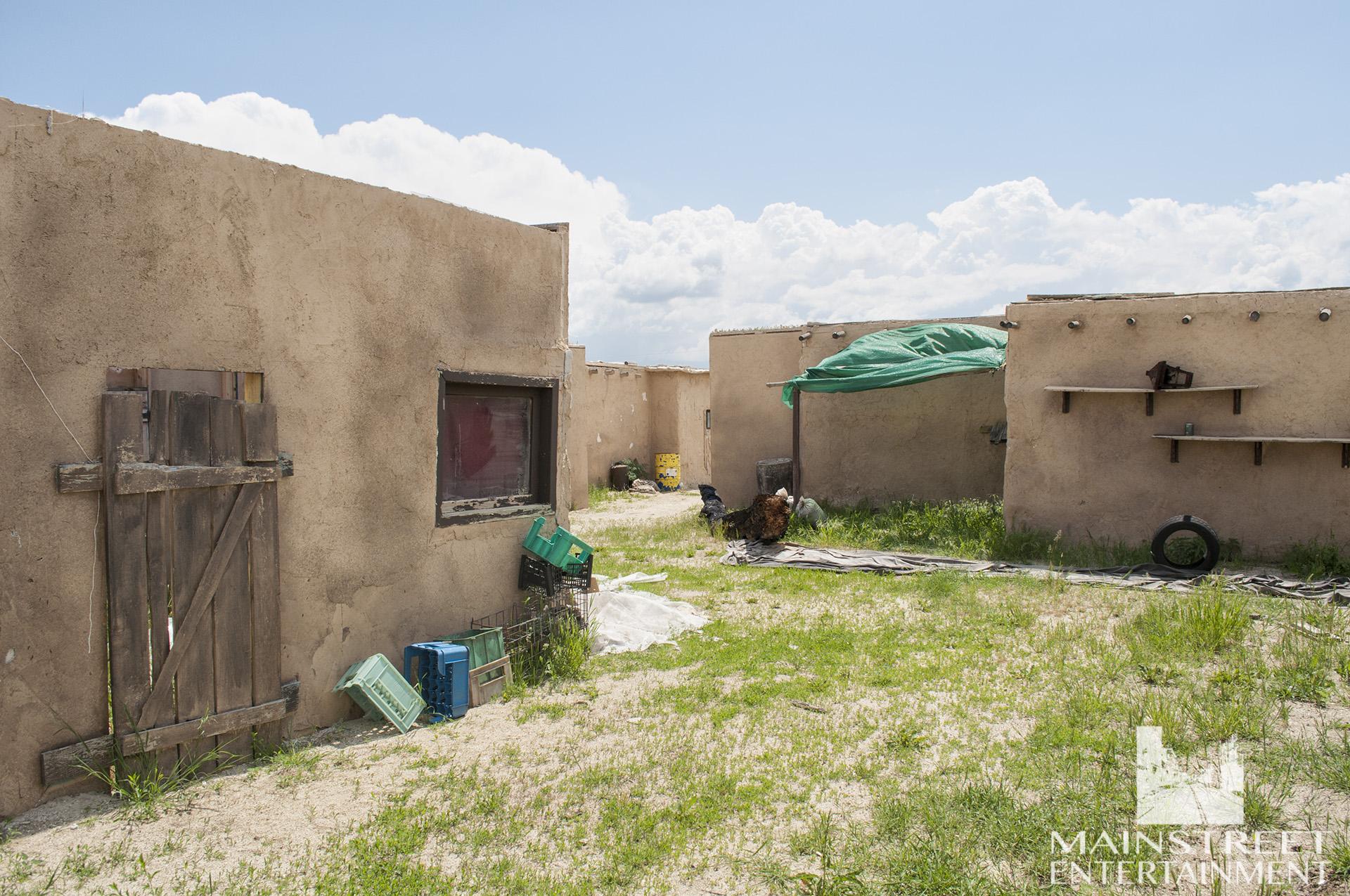 arab desert village set