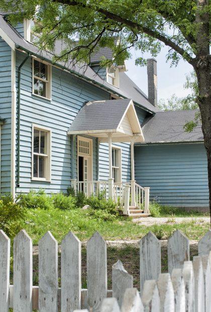 beautiful american villas movie set