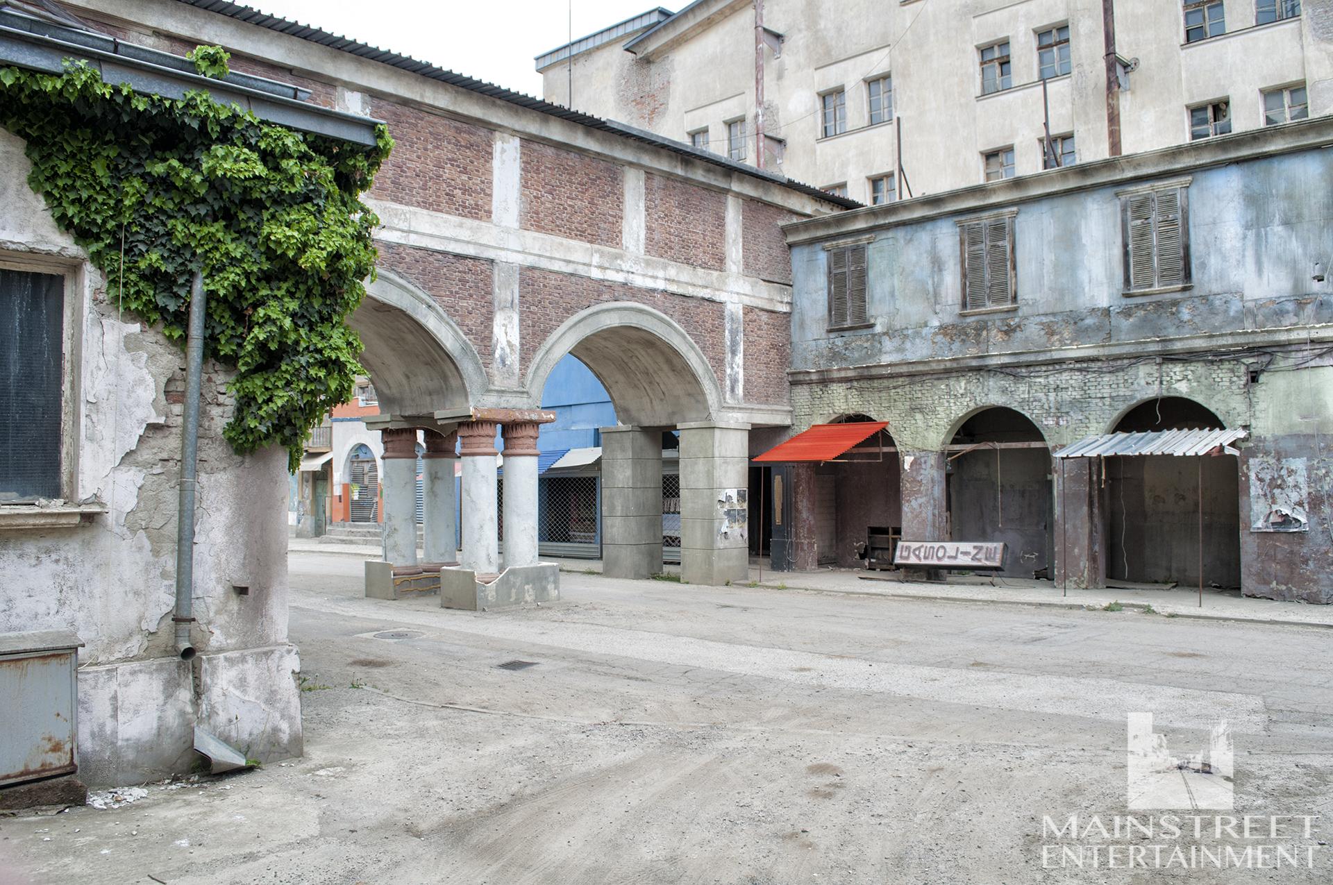middle east street market set