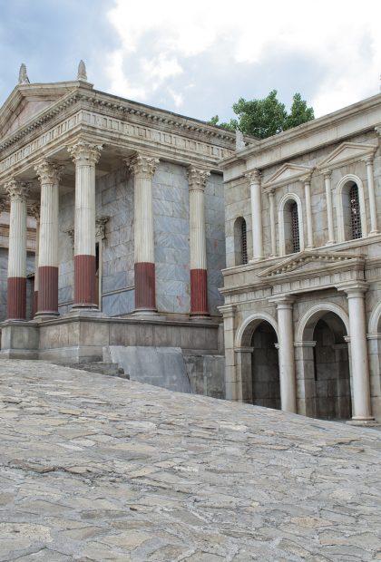 Roman Temple standing set