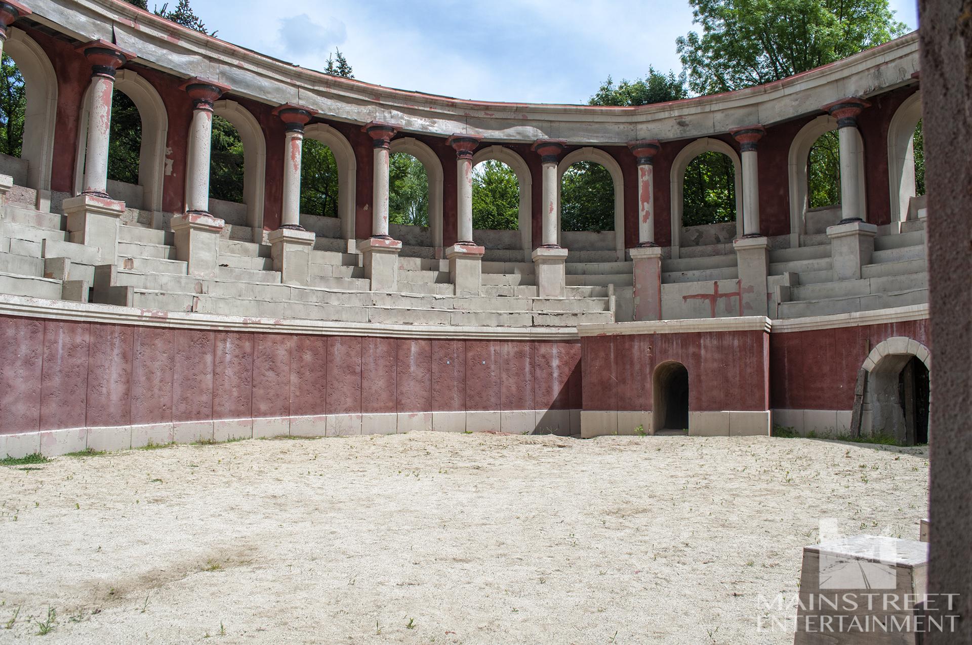 Rome set coliseum