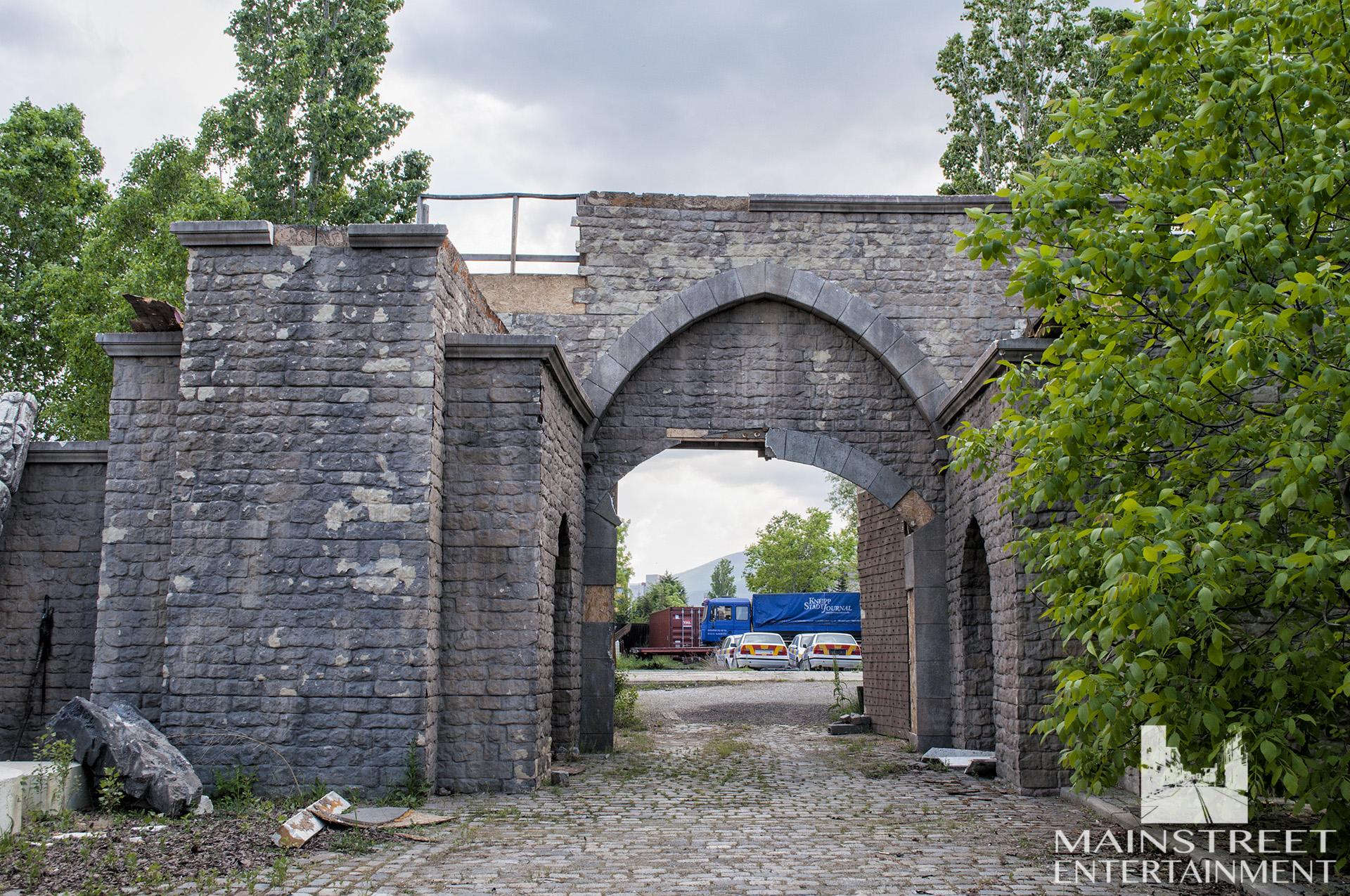 old town gates set
