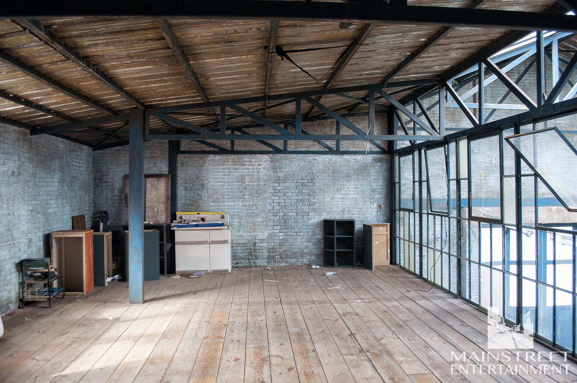auto repair shop interior set